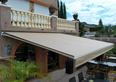 above-all-awnings-retractable-awning-santa-ana-villa-05