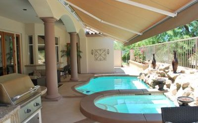 Pool / Spa with Retractable Awning Patio